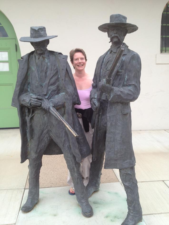 Wyatt Earp, tash, 'Doc'