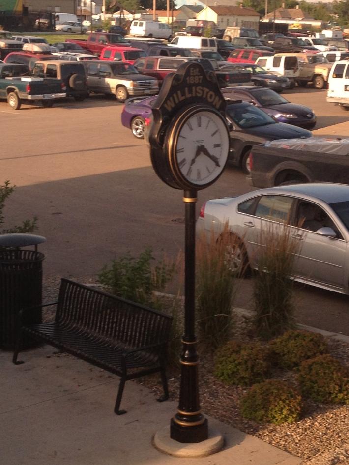 IMG_1590 Williston clock