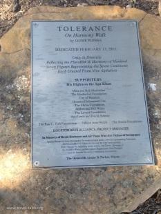 Tolerance plaque