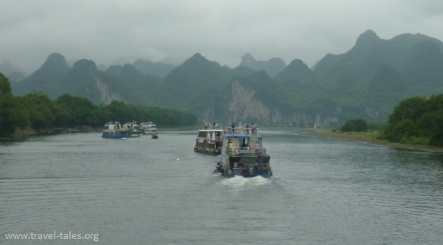 boats Guilin 32 cropped Li river cruise 1