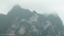 mountains Guilin 117 cropped Li river cruise 86