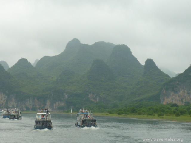 Mountains Guilin Li river cruise 5