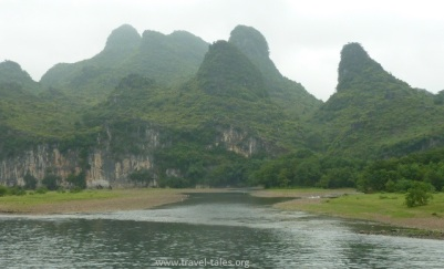 mountains Guilin 40 cropped Li river cruise 9