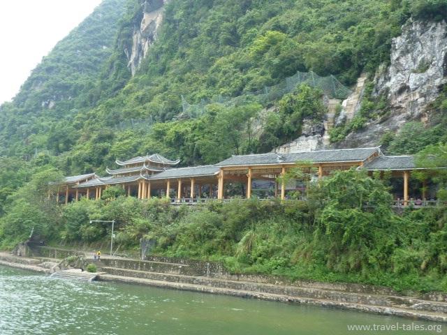 riverbank Guilin 133 Li river cruise 102