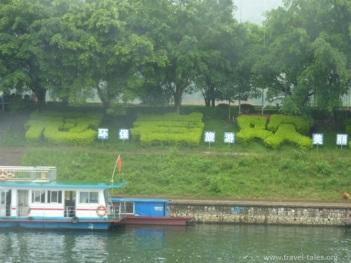 riverbanks Guilin 61 Li river cruise 30