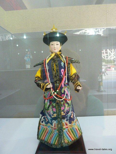 11-Chinese opera figure 2